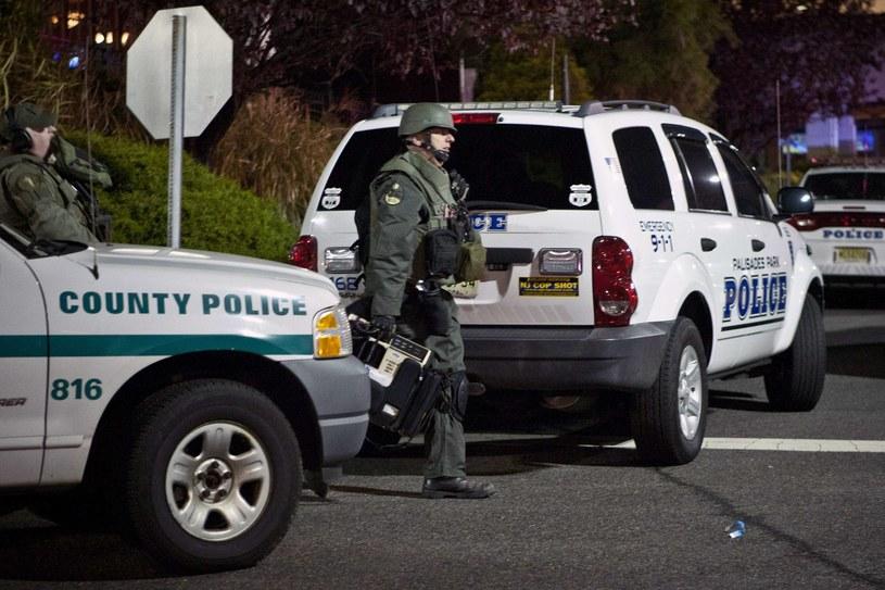 Sprawca strzelanny w w centrum handlowym pod Nowym Jorkiem nie żyje. /AFP
