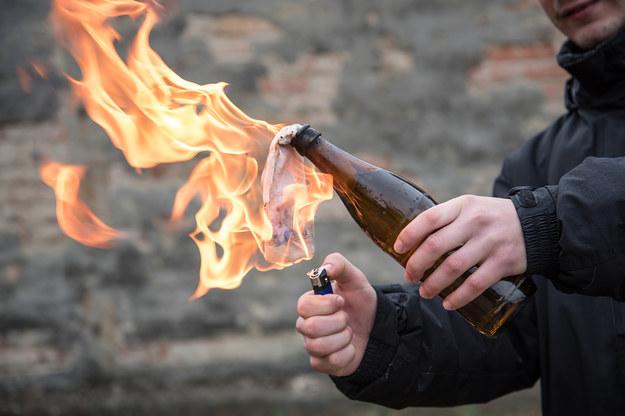41-latek rzucił koktajlem Mołotowa w pracownika restauracji