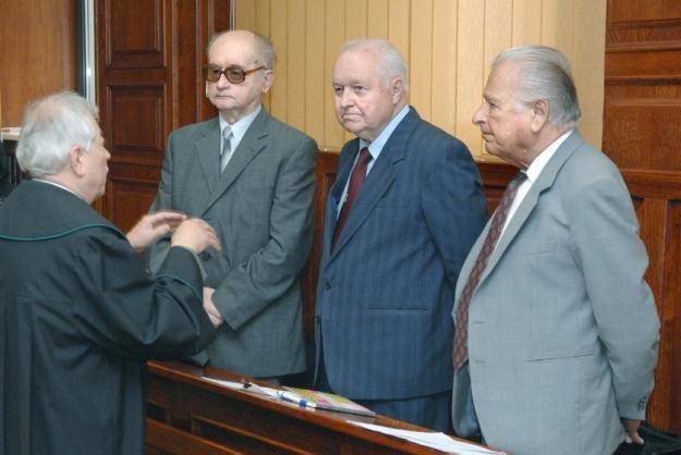 Sprawcy stanu wojennego przed sądem / fot. J. Bielecki /East News