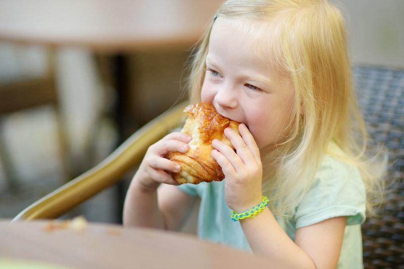 Sprawdź, czy dziecko może jeść produkty z glutenem /123RF/PICSEL