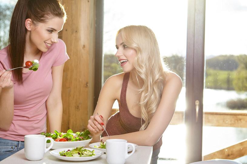 Sprawdź, jaki masz typ figury i dostosuj dietę /123RF/PICSEL