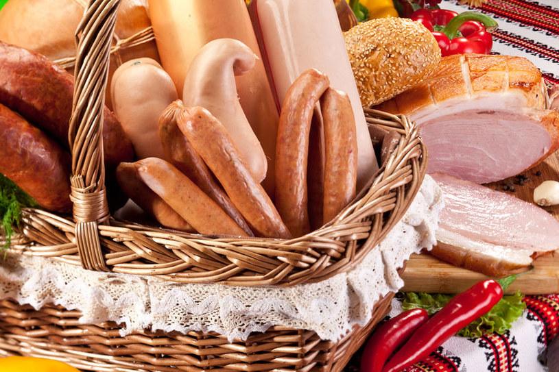 Sprawdź, jaki skład mają produkty mięsne w sklepie /123RF/PICSEL