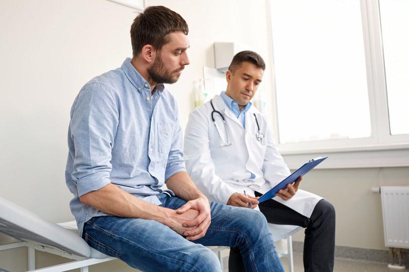 Sprawdź, kiedy udać się do urologa /123RF/PICSEL