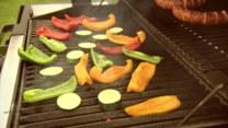 Sprawdzone sposoby na zdrowe potrawy z grilla. Jak oszukać zbędne kalorie?