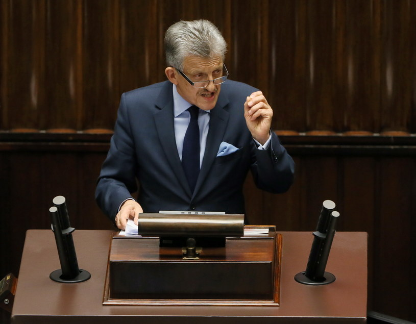 Sprawozdawca projektu PiS nowelizacji ustawy o Trybunale Konstytucyjnym Stanisław Piotrowicz /Tomasz Gzell /PAP