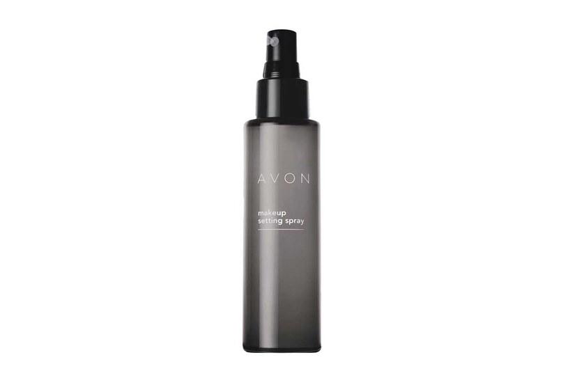 Spray do makijażu Avon /Styl.pl/materiały prasowe