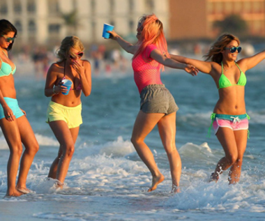 """Spring Breakers"" [trailer]"