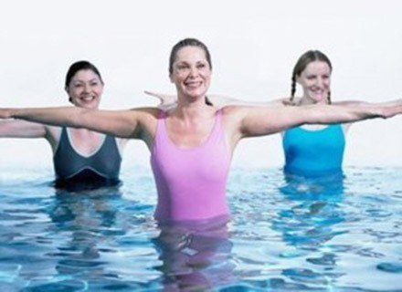 Spróbuj aqua aerobicu! /www.diety.interia.pl
