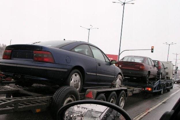 Sprowadzenie samochodu to nie taka prosta sprawa /INTERIA.PL