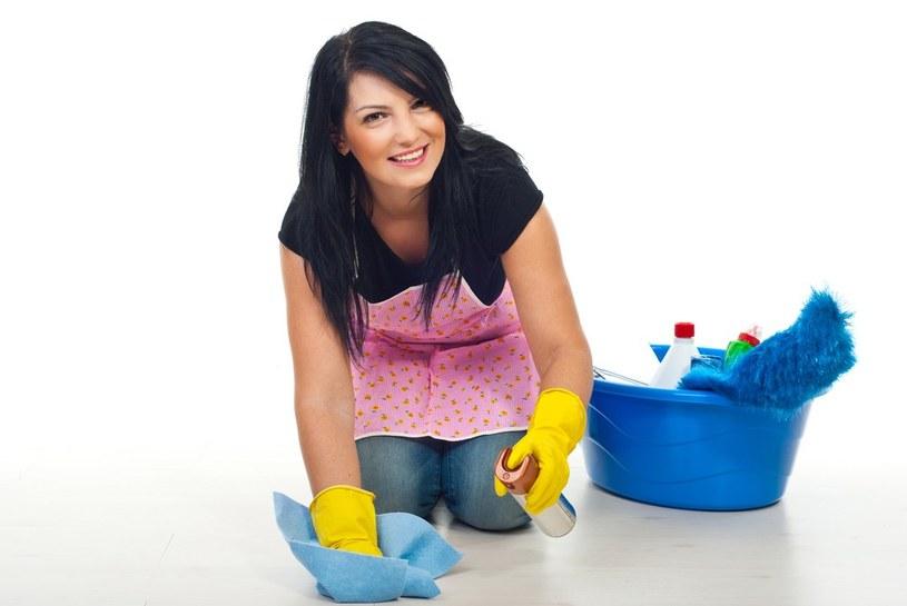 sprzątanie łazienki błędy /© Photogenica