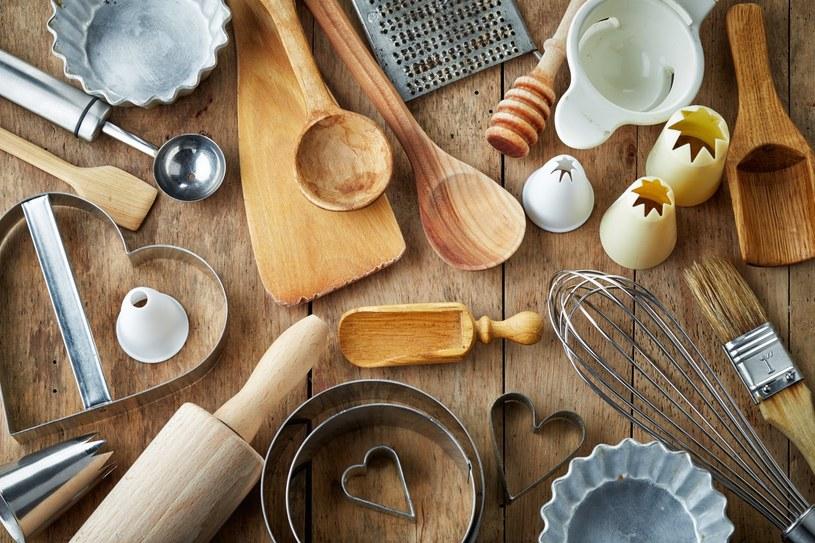sprzątanie w kuchni /© Photogenica