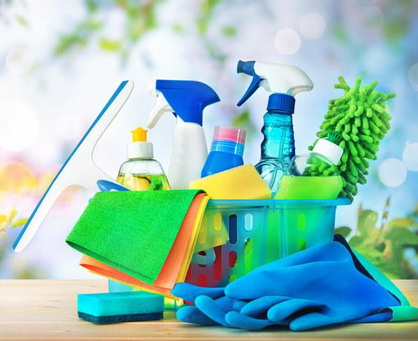 Sprzątanie /©123RF/PICSEL