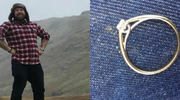 """Sprzedaje pierścionek zaręczynowy. """"Nosił go sam szatan!"""""""