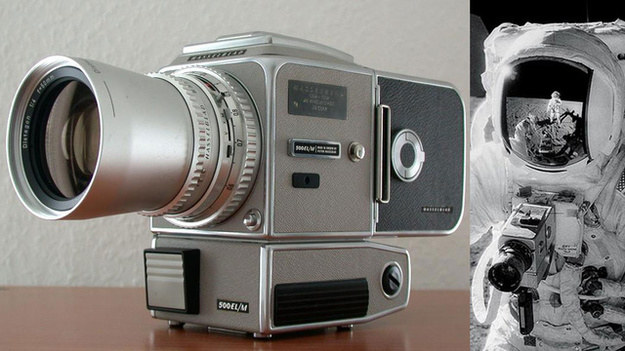 Sprzedanym aparatem posługiwał się astronauta Jim Irwin podczas misji Apollo 15 w 1971 roku. /materiały prasowe