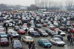 Sprzedawcy samochodów to kanciarze?