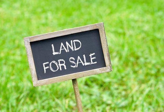 Sprzedaż nieruchomości czasami może być niemożliwa /©123RF/PICSEL