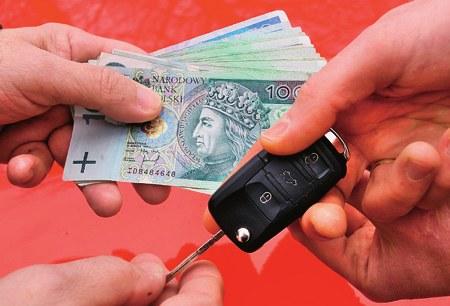 sprzedaż samochodu /Motor