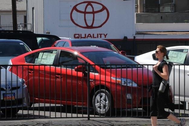 Sprzedaż Toyoty wzrosła, ale wartość marki - spadła /AFP