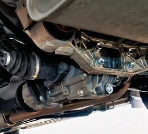 Sprzęgło Haldex i tylny most często mają osobne obiegi oleju, mimo że to jeden zespół. /Motor