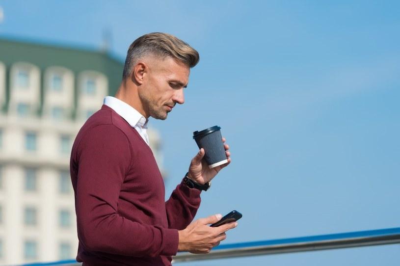 Sprzęt marki Apple doskonale sprawdza się jako telefon biznesowy /123RF/PICSEL
