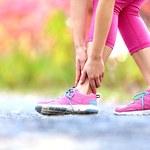Spuchnięte nogi: Domowe sposoby, które przyniosą ulgę