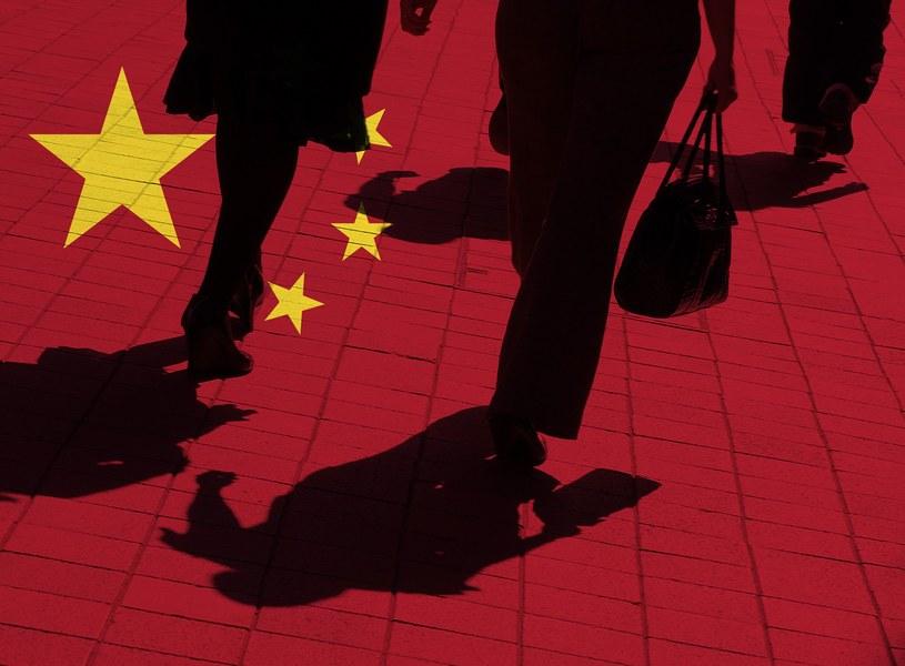 Średnia rocznych zarobków obcokrajowców w Azji to 74 000 dolarów /123RF/PICSEL