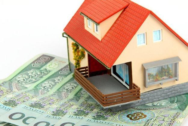 Średnio o 4 proc. wzrośnie w przyszłym roku podatek od nieruchomości /©123RF/PICSEL