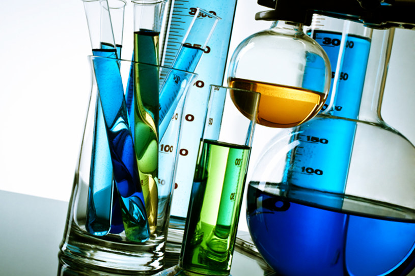 środki chemiczne /© Photogenica