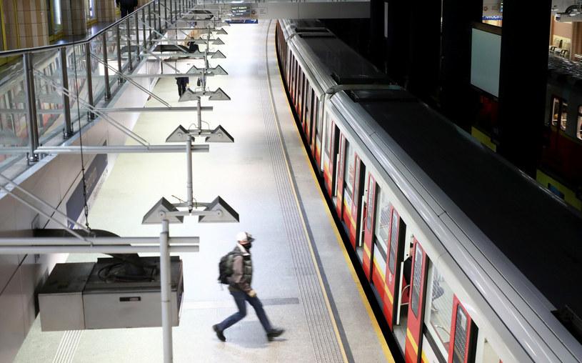 Stacja Metro Centrum /Piotr Molecki /East News