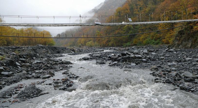 Stacja pomiarowa w niższym biegu rzeki - element systemu ostrzegawczego /Marcin Ogdowski /INTERIA.PL