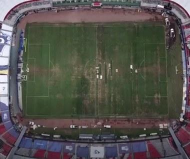 Stadion Azteków - fatalny stan murawy. Wideo