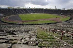 Stadion X-lecia w Warszawie / kliknij