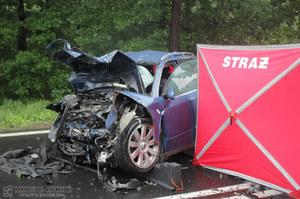 Stalowa Wola: Kierowca, który uderzył w podróżującą rodzinę, był pijany