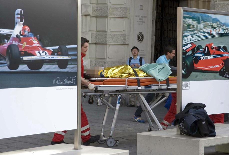 Stan niektórych rannych jest krytyczny /ELMAR GUBISCH /PAP/EPA