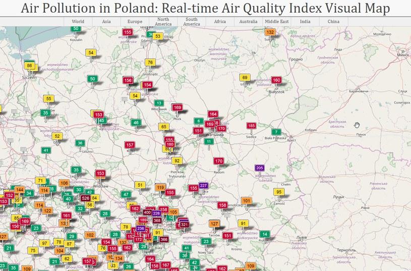 Stan powietrza w Polsce w środę na godzinę 10. (źródło: aqicn.org) /&nbsp