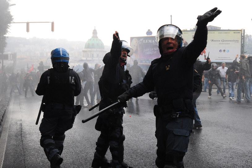 Stan zagrożenia atakami terrorystycznymi we Włoszech wynosi 7 w 10-punktowej skali /AFP