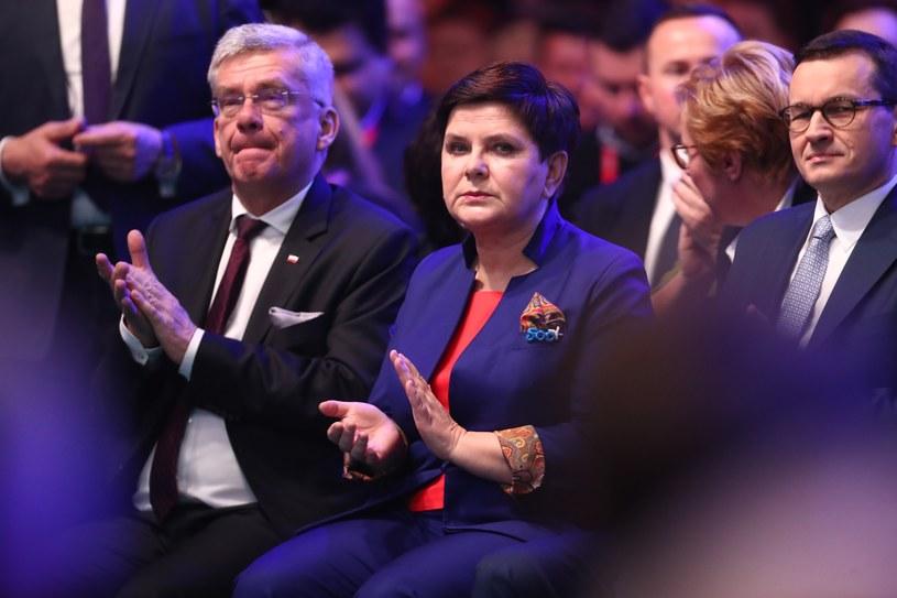 Stanisław Karczewski, Beata Szydło i Mateusz Morawiecki /Andrzej Iwańczuk /Reporter