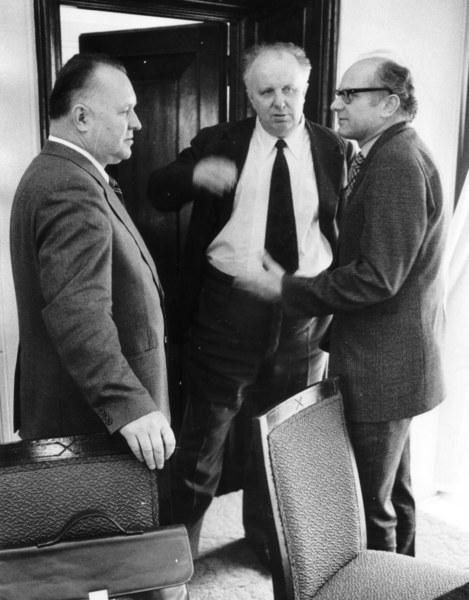 Od lewej Stanislaw Kania (wówczas I sekretarz), Stanislaw Olszowski, Stanisław Kociołek