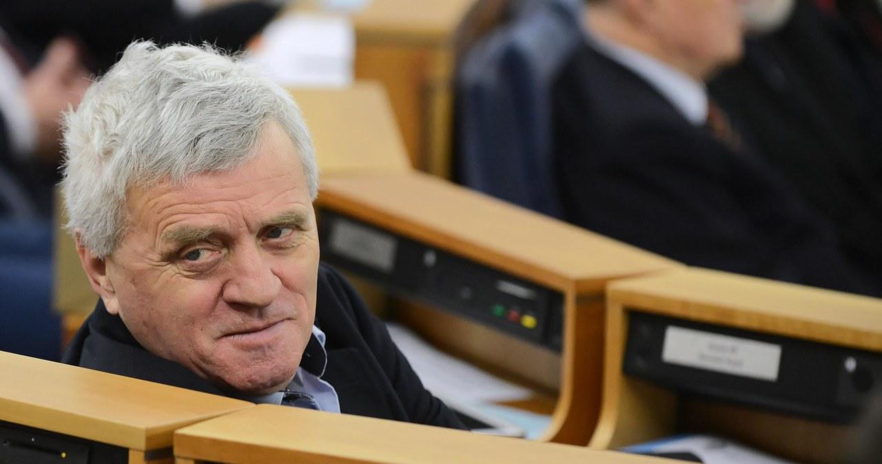 Stanisław Kogut nie żyje. Były senator PiS był zakażony koronawirusem  Stanisław Kogut nie żyje. Były senator PiS był zakażony koronawirusem 000ALN7MATA2CJSA C461