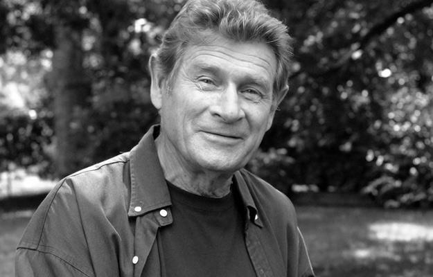 Stanisław Mikulski (1.05.1929-27.11.2014) /AKPA