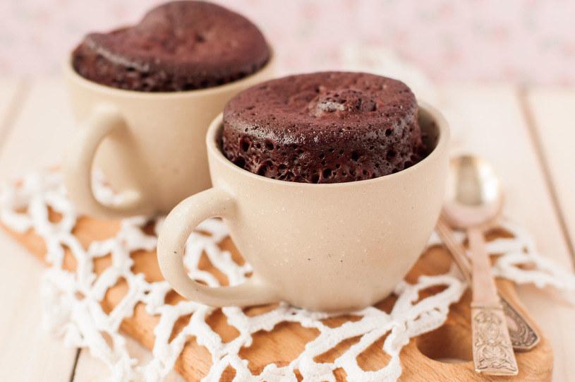 Stanowi alternatywę dla sklepowych ciast w proszku przygotowywanych w mikrofalówce /123RF/PICSEL