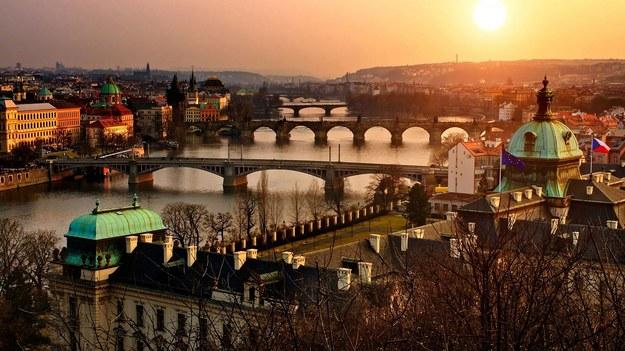 Stanowisko ambasadora Polski w Czechach pozostaje nieobsadzone już od roku. Na zdjęciu panorama Pragi /Pixabay /PAP