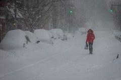 Stany Zjednoczone walczą z potężną śnieżycą
