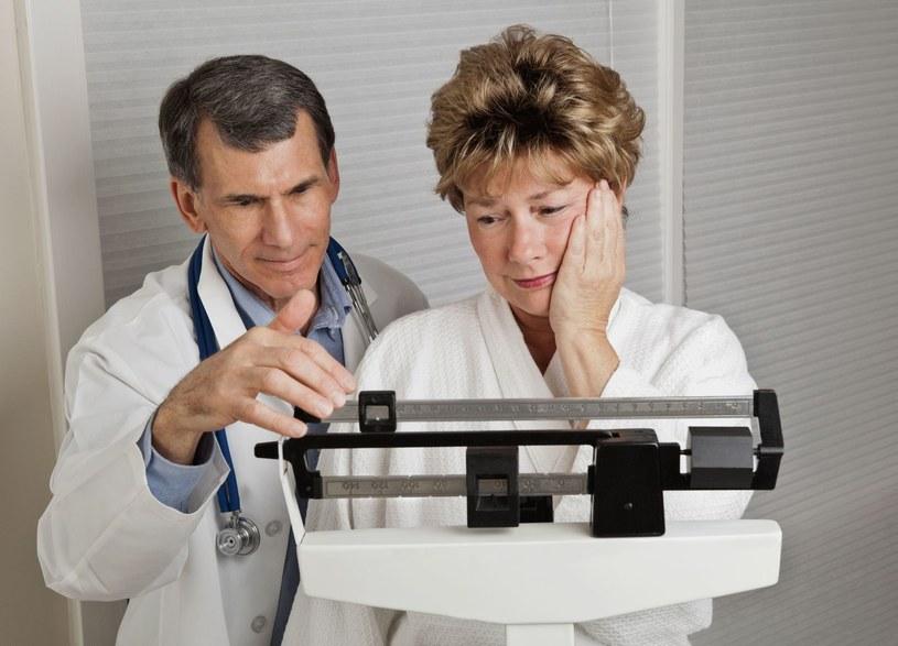 Staraj się nie dopuścić do nadwagi - swojej i partnera /123RF/PICSEL