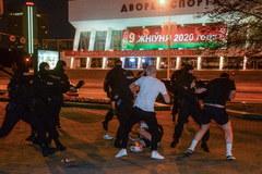 Starcia milicji z opozycją na ulicach Mińska