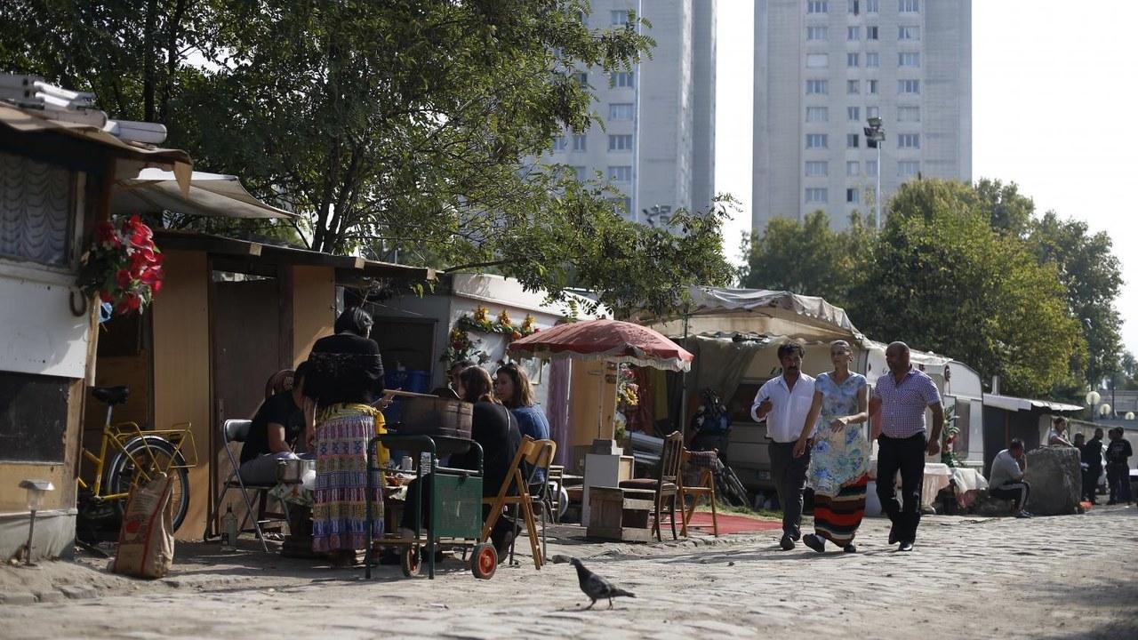 Starcia na imigranckich przedmieściach Paryża! Romowie zaatakowani