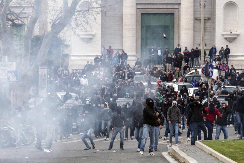 Starcia na ulicach Rzymu /PAP/EPA