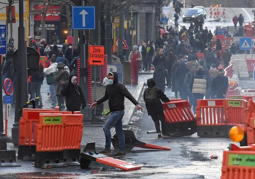 Starcia protestujących z policją w Liege /JOHN THYS /AFP