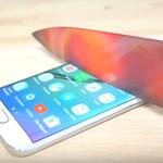 Starcie smartfona z rozgrzanym nożem. Wideo jest hitem internetu!