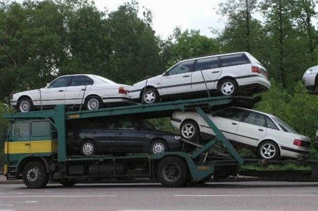 Stare niemieckie limuzyny to złom? /INTERIA.PL